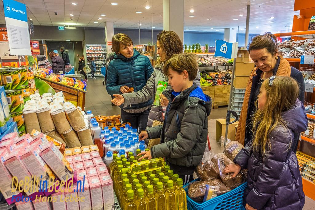 De Soroptimisten vertelden alles over Voedselbank De Bilt en de producten