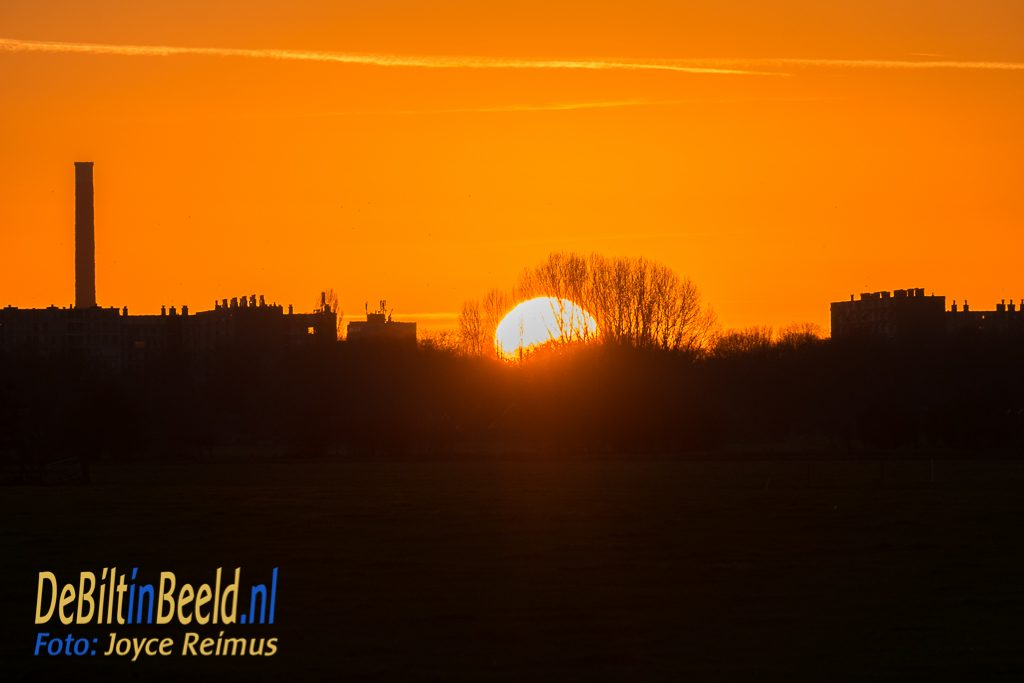 Zonsondergang bovenm Overvecht