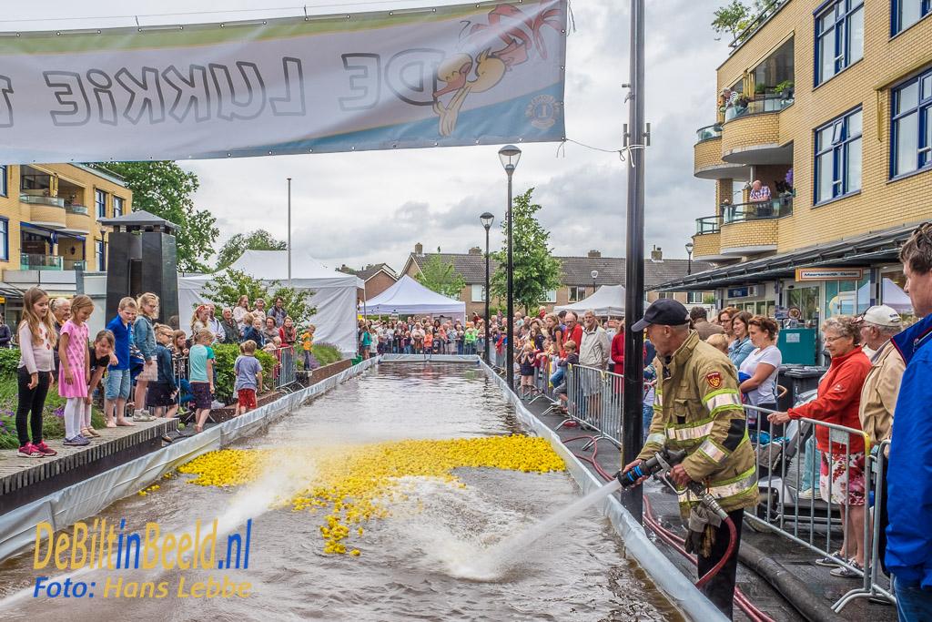 Lukkie Duck Race Maartensdijk Lions De Bilt Bilthoven