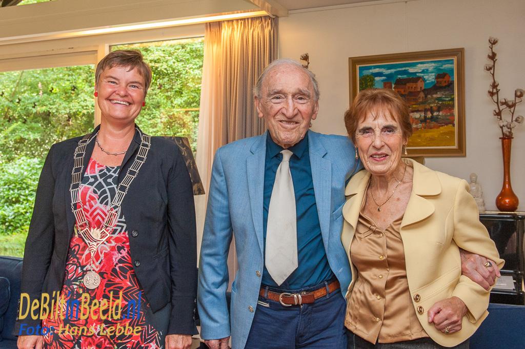 60 Jarig Huwelijk van de heer en mevrouw Van Grootel - Brunia Bilthoven Met Loco-burgemeester Anne Brommersma
